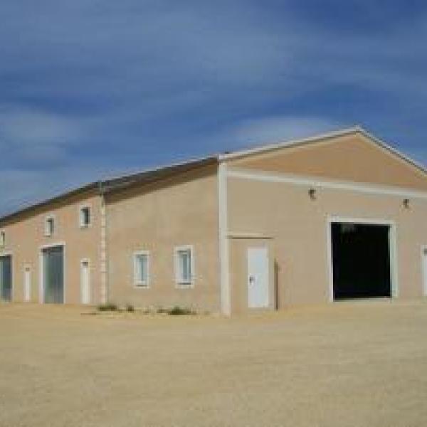 Construction de nos bureaux et hangar